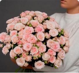 Кустовая роза розовые 21 куст